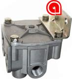 H-30268 R-14H Relay Valve 4 Horizontal Delivery Ports